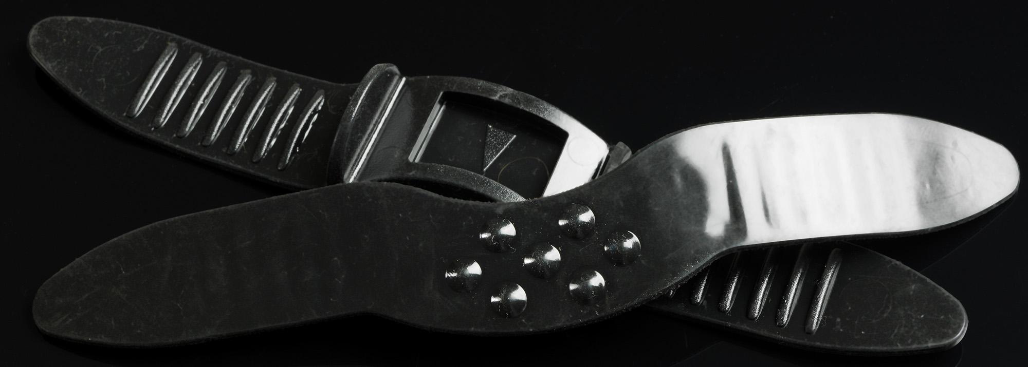 силтконовый ремешок с удерживающими пупырышками